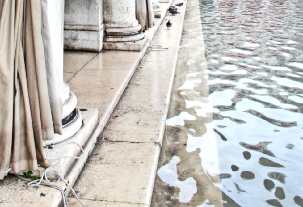 Acqua In Piazza Apsm 980
