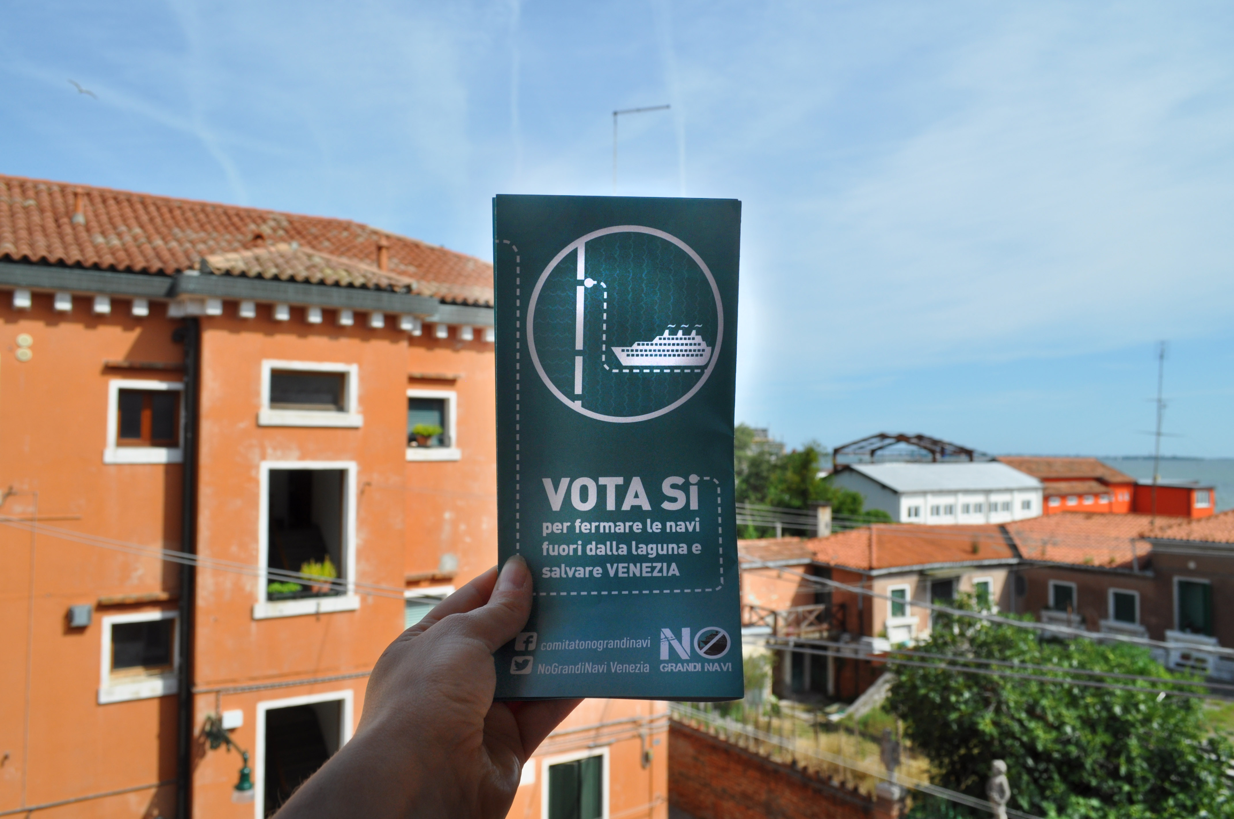"Wahv Supports The Popular Referendum ""Large Cruise Ships Must Be Kept Out Of The Venice Lagoon"""