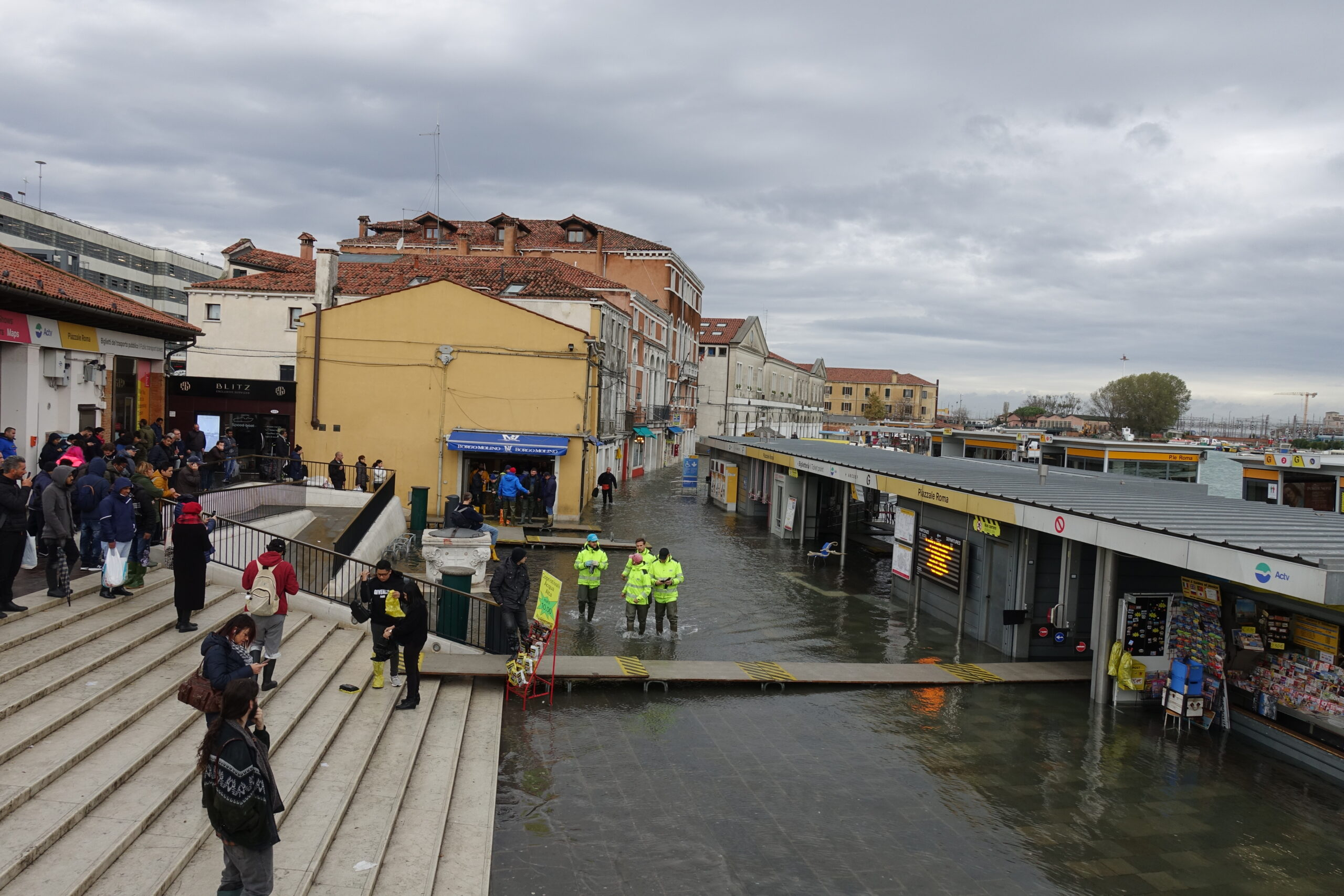 CBS News 11.12.2020: New Artificial Dam Aims To Save Venice From Climate Change-induced Flooding